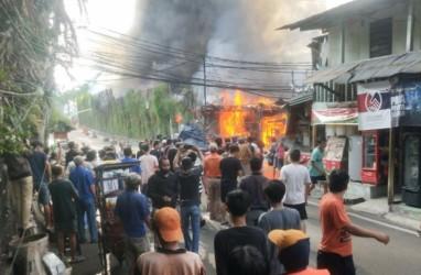 Ada Kebakaran di Pemukiman Padat dekat Parkiran Senayan City