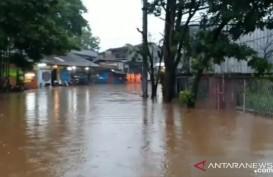 Akibat Banjir, Jalan Raya Jambore Cibubur Ditutup Sementara