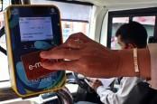 BEM SI Demo UU Cipta Kerja, Transjakarta Modifikasi Rute Layanan