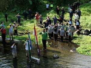Warga di Yogyakarta Gelar Upacara Peringatan Sumpah Pemuda di Dam Kali Kuning