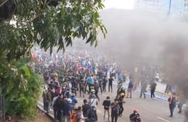Massa Tak Dikenal Muncul di Tengah Aksi Mahasiswa, TNI Turun Tangan