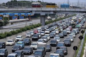 Ratusan Ribu Kendaraan Meninggalkan Jakarta saat Libur Panjang Maulid Nabi dan Cuti Bersama