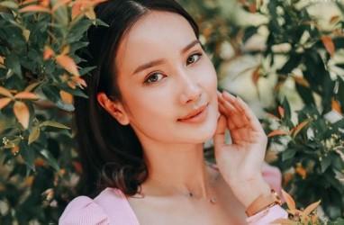 Beda Usia 16 Tahun, Ini Profil Calon Istri Ivan Gunawan