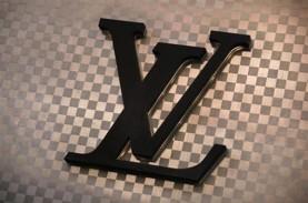 Akhirnya, Bos Louis Vuitton Resmi Akuisisi Tiffany…
