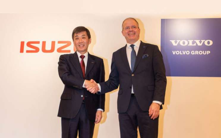 Masanori Katayama, President and Representative Director of Isuzu Motors Limited; dan Martin Lundstedt, President and CEO of the Volvo Group.  - Volvo Group