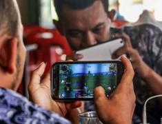 Vendor Ponsel Incar Cuan dari Pesta Diskon