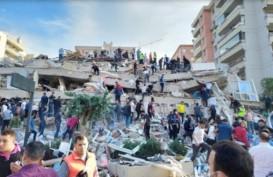 Luluh Lantak, Ini Foto-Foto Gempa Turki Berkekuatan Magnitudo 7,0