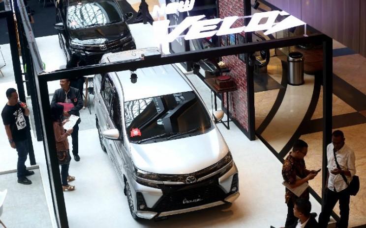Toyota Avanza Veloz. Penjualan ritel Avanza pada Agustus 2020 masih terhitung baik di angka 2.231 unit.  - BISNIS.COM