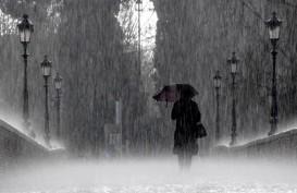 Cuaca Jakarta 4 November, Siang Hari Hujan