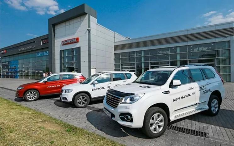 Ilustrasi: SUV Haval dari Great Wall Motors diparkir di depan diler GWM di Eropa.  - ANTARA/GWM