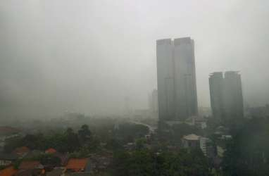 Badai Siklon Utara Bikin Curah Hujan di Indonesia Berkurang, Kok Bisa?