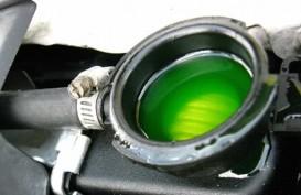 Bolehkan Radiator Mobil Dikasih Minum Air Mineral? Ini Penjelasannya