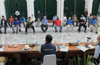Ridwan Kamil Serap Aspirasi Buruh Soal UMK 2021