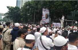 Massa FPI Membubarkan Diri, Lalin di Jalan S Parman Lancar