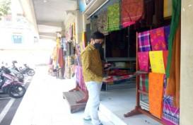 Liburan ke Bali, Jangan Lupa Mampir Membeli Songket di Pasar Seni Semarapura Klungkung