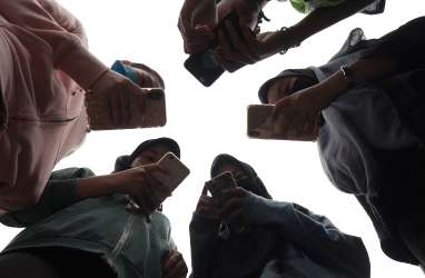 Ponsel China Kuasai Indonesia, Kok Bisa?