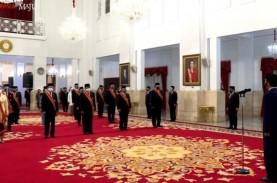 71 Orang Terima Tanda Kehormatan dari Jokowi, Ini…