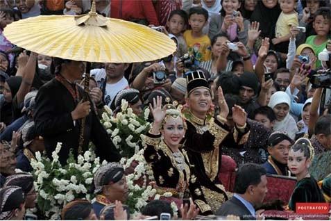 Salah satu rangkaian acara pernikahan - kotajogja.com