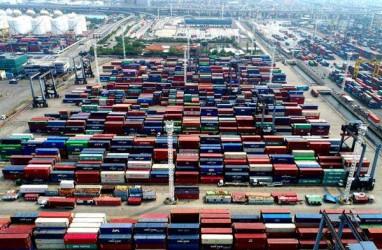 Ekonomi Terinfeksi Resesi, Neraca Dagang Oktober Diproyeksi Surplus Lagi