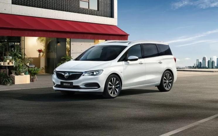 Buick G6 2021, minivan yang direvisi akan menghadirkan penggerak hibrida dengan mesin 1,3 liter turbocharged yang dipadukan dengan transmisi enam kecepatan, motor listrik 48V dan baterai, serta modul manajemen baterai dan unit kontrol hibrida.  - Antara