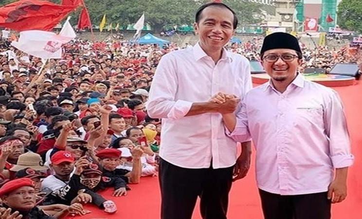 Joko Widodo atau Jokowi, saat menjadi Capres, bersama dengan Ustaz Yusuf Mansur saat kampanye di Solo, Selasa (9/4/2019). - Instagram @mansurnew