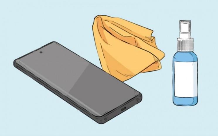 Tips membersihkan ponsel