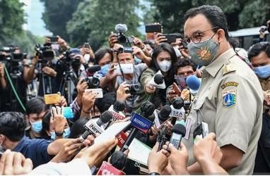 Fadli Zon Kritik Polri, Tak Bisa Cegah Kerumunan di Halamannya Sendiri