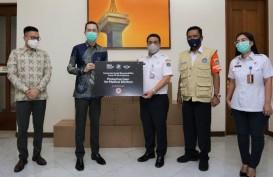 BMW Group Indonesia Donasikan APD ke BPBD Jakarta