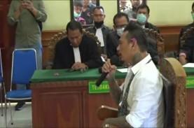Jerinx Divonis Penjara 1 Tahun 2 Bulan, Lebih Rendah…