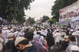 Satgas Ajak Masyarakat Sekitar Kerumunan Habib Rizieq…