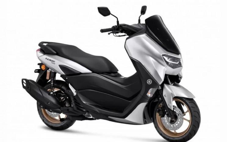 Yamaha NMAX 155 Connected Standard Upgrade Version tersebut akan tersedia di dealer resmi Yamaha pada Desember mendatang.  - Yamaha