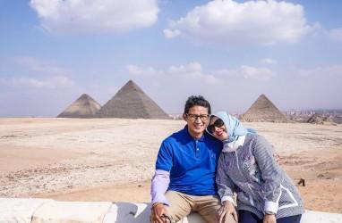 Ungkapkan Cinta, Sandiaga Uno Bandingkan Piramida dengan Istrinya