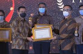 Anak Usaha Bangkok Bank (BNLI) Terima Penghargaan dari Menteri Jokowi