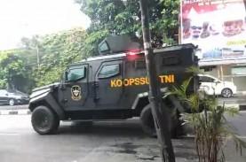 TNI Turun Tangan Tertibkan Baliho FPI, Sutiyoso: Jangan…