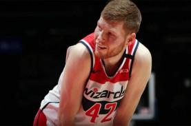 Basket NBA : Davis Bertans Bertahan di Washington…
