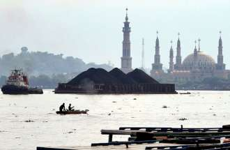 Permintaan Pembeli Utama Lesu, Batu Bara Indonesia Mencari Pasar Baru