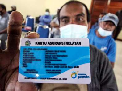 Pemkot Lhokseumawe Aceh Berikan Asuransi Kepada Nelayan dan Keluarganya