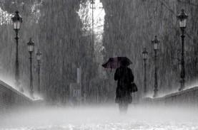 Cuaca Jakarta 25 November, Siang dan Malam Hari Hujan
