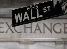 Wall Street Pesta Pora! Dow Jones Tembus 30.000, S&P 500 Cetak Rekor