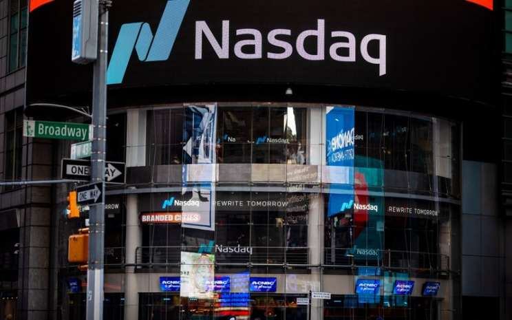Lambang Nasdaq Market Site di Times Square, New York -  Bloomberg / Demetrius Freeman