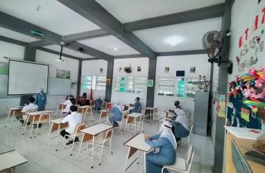 Gaung Adaptasi Kebiasaan Baru Selepas Subuh di Surabaya