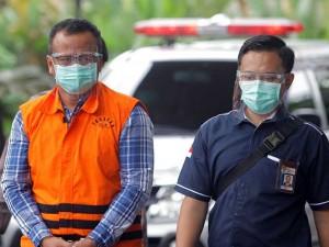 Pakai Rompi Tahanan, Menteri Kelautan dan Perikanan Edhy Prabowo Jalani Pemeriksaan di KPK