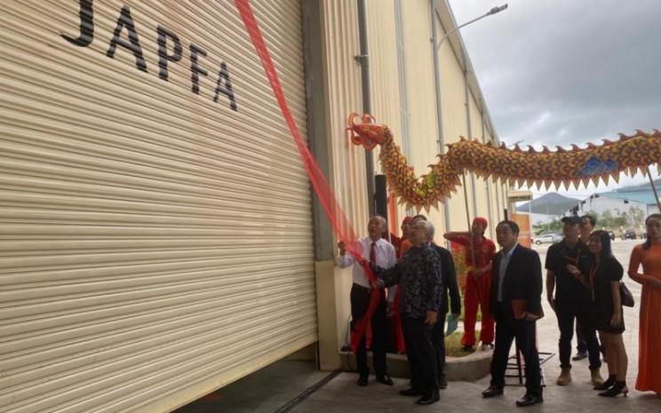 Dubes Ibnu Hadi membuka pabrik keenam JAPFA Comfeed Vietnam. - KBRI Hanoi