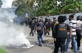 Sorong Ricuh, Empat Polisi dan Seorang Wartawan Luka-Luka Diserang Massa