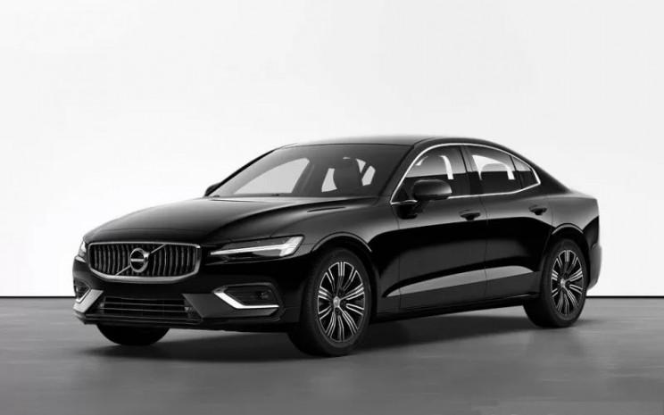 Volvo S60 Generasi Ketiga. Perusahaan akan mengumumkan harga dan spesifikasi detail pada akhir tahun ini.  - Volvo