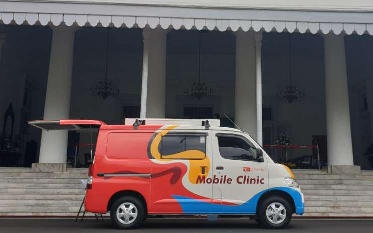 Gran Max Mobile Clinic and Information. ADM