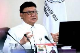 Menteri Tjahjo Kumolo Resmikan Mal Pelayanan Publik…