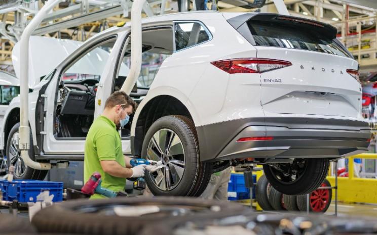 Skoda Enyaq iV mulai diproduksi di pabrik Mlada Boleslav.  - Skoda Auto