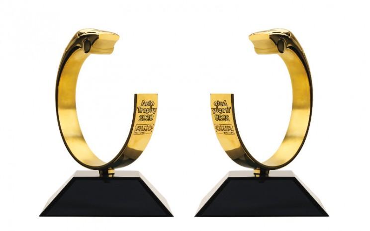 Tahun ini menandai edisi ke-33 dari jajak pendapat pembaca Zeitung Auto. Sejak 2014, penghargaan Auto Trophy hadir dengan tambahan gelar Mobil Terbaik Dunia.  - SKoda Auto