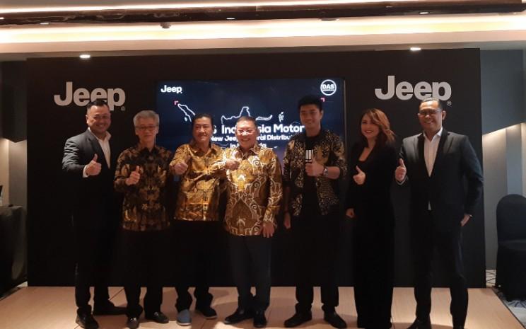 DAS Indonesia Motor dibentuk oleh tiga kelompok perusahaan, yakni Dili Auto Service, JHL Group, dan Maju Motor Group.  - DAS